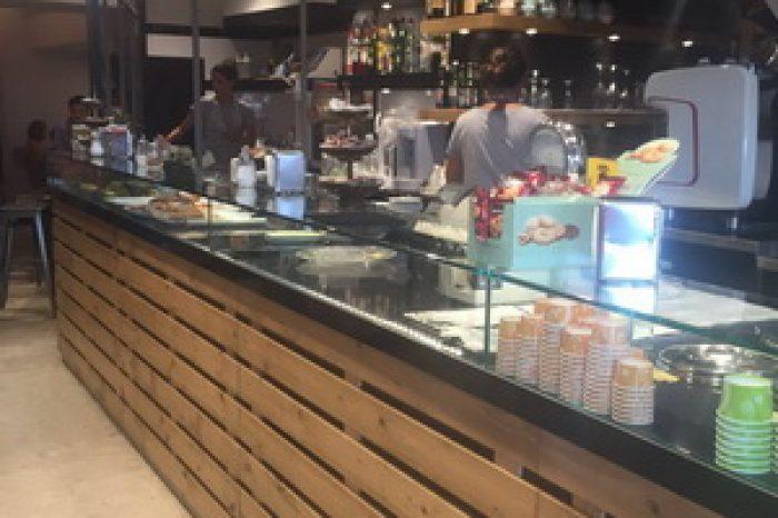 Arredamenti bar ristoranti negozi piemonte astor arredamenti for Astor arredamenti bar